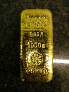 Gold-goldingot-bullion-61758-l
